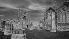 whitby abbey (Royston King) Tags: monochrome whitbyabbey whitby yorkshire xt2