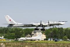 RF-92450 (Shnipper) Tags: russianairforce tupolev tu95ms bear spotting aircraft shnipper tsyupka airplane bomber pentax k3 sigma150500 rf92450 takeoff