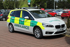 LJ17 ANV Scottish Ambulance Service (C812JGB) Tags: lj17 anv lj17anv bmw 218d xdrive grand tourer ac trauma team scottish ambulance service 999 911 112 paramedic medical vehicle unit response car clydebank glasgow scotland uk