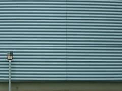 H 80 (mkorsakov) Tags: dortmund hörde clarenberg wasserschieber wand wall linien lines minimal grau grey