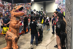 T-Rex Taking Photos (misterperturbed) Tags: awesomecon awesomecon2019 washingtondc johnconstantine zatanna