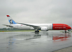 G-CKWF (Skidmarks_1) Tags: gckwf boeing7879 norwegianairinternational engm norway aviation aircraft airport airliners