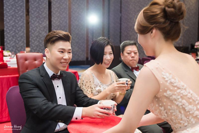 婚攝鯊魚影像團隊,婚攝價格,婚禮攝影,婚禮紀錄,婚攝收費,類婚紗,伴娘,伴郎,佈置,婚宴,板橋凱撒大飯店
