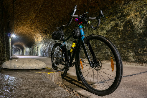 Gravel bike inside Hovelange tunnel