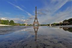 Tour Eiffel - Paris (hervétherry) Tags: france iledefrance paris 75016 canon eos 7d efs 1022 tour eiffel toureiffel reflet reflection reflexion palais chaillot trocadéro