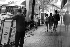 M10 + Noctilux E60 Version 3 @f5.6 @ Wan Chai Hong Kong (canica.hk) Tags: 3d spacial blackwhite blackandwhite bw dreamlens photography street streetphotography f56 hongkong wanchai e60 version3 noctilux 50mm m10 leica