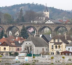 Viaduct in Emmersdorf Wachau Valley (photo_paddler) Tags: urope austria wachau valley village color outdoor spring day availablelight wachauvalley