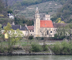 Pfarrkirche in Willendorf Wachau Valley (photo_paddler) Tags: europe austria wachauvalley village day spring color outdoor availablelight