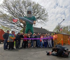 "Launching Pad Restaurant Grand Reopening (Vinny Gragg) Tags: •template ""roadsideattraction"" ""roadsideattractions"" ""mufflerman"" ""mufflermen"" ""roadsidestatue"" ""roadsidegiants"" ""roadsidestatues"" ""bigguys"" ""roadsideoddities"" statues statue ""roadsideart"" giants ""fiberglassstatue"" ""fiberglassstatues"" fiberglass sign signs restaurant restaurants prettygirls prettywoman sexywoman girl girls woman launchingpadrestaurant launchingpad geminigiant hollybarker wilmington illinois wilmingtonillinois flag flags americanflag americanflags"