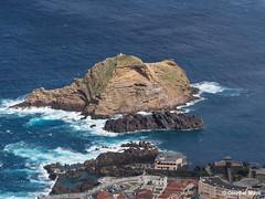 Ilhéu Mole near Proto Moniz, Madeira (OthmarMarti) Tags: dmcg6 lumixgvario14140mmf3556 lumix14140mm madeira prt panasonic portugal santadoportomoniz vilaportomoniz geo:lat=3286226356 geo:lon=1717256378 geotagged atl atlantic lava island ocean waves madeiraisland