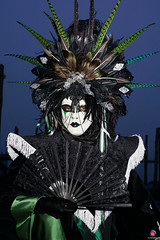 QUINTESSENZA VENEZIANA 2019 708 (aittouarsalain) Tags: venise venezia carnevale carnaval costume masque mask éventail