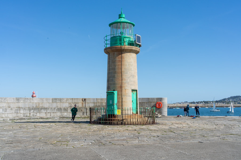 THE END OF THE WALK ALONG THE WEST PIER [DUN LAOGHAIRE HARBOUR]-152201