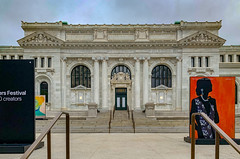2019.05.11 Carnegie Apple Library Day and Night, Washington, DC USA _ (tedeytan) Tags: applecarnegielibrary applestore dc dayandnight washingotnhistoricalsociety mtvernonsquare shotoniphone washington unitedstates exif:model=iphonexs exif:focallength=425mm exif:make=apple exif:isospeed=25 camera:make=apple exif:lens=iphonexsbackdualcamera425mmf18 exif:aperture=ƒ18 camera:model=iphonexs geo:country=unitedstates geo:state=dc geo:city=washington