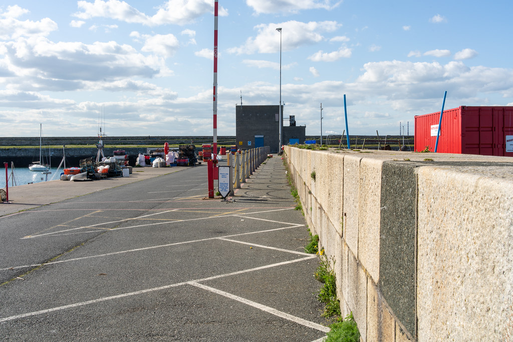 TRADERS' WHARF AREA [WEST PIER DUN LAOGHAIRE HARBOUR]-152228