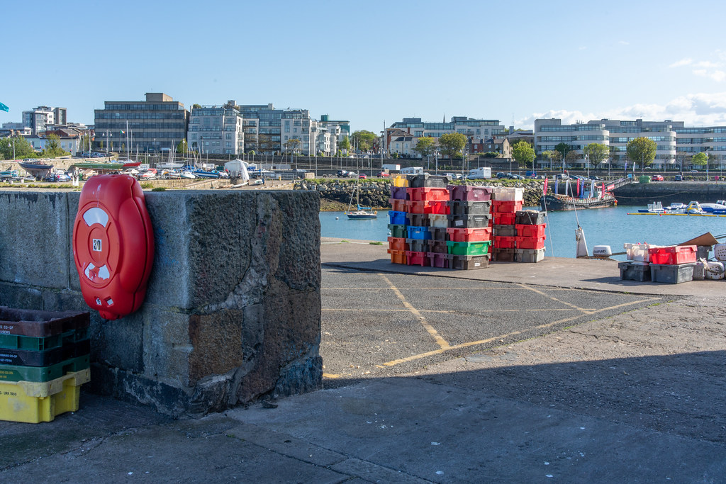 TRADERS' WHARF AREA [WEST PIER DUN LAOGHAIRE HARBOUR]-152239