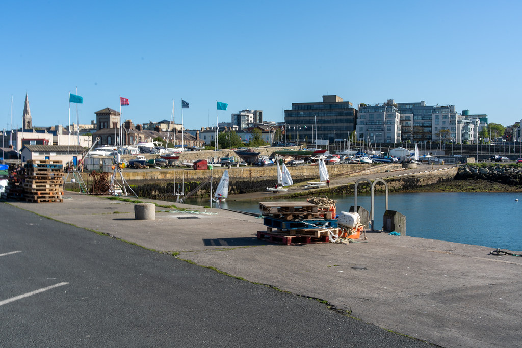 TRADERS' WHARF AREA [WEST PIER DUN LAOGHAIRE HARBOUR]-152243