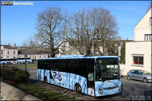 Iveco Bus Crossway - HM Voyages (Avenir Atlantique) / Rds (Réseau des Deux-Sèvres)