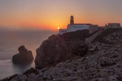 Phare Saint Vincent à Sagres (Nat_L2_photographies) Tags: phare saintvincent sagres portugal algarve sunset couchant mer sea seascape pointe sudouesteurope