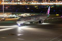A7-ANG (arsenalflag_1109) Tags: quatarairways airbusa350 hanedaairport tokyo airplane pentax