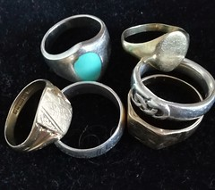 Rings (daveandlyn1) Tags: goldrings silverrings signetrings roundobjects pralx1 huawei smartphone cameraphone psdigitalcamera p8lite2017