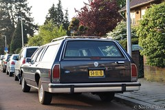 1987 Ford LTD Crown Victora Station Wagon (NielsdeWit) Tags: nielsdewit car vehicle 54sljd ford ltd crown victoria station wagon estate bussum