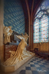Mausoleum of the Earl of Harcourt (marko.erman) Tags: rance cathedral church monument architecture beautiful seine river sony popular unesco notredame interior paris nave gothic worldheritagesite chapel mausoleum earlclaudehenryharcour sculpture marble