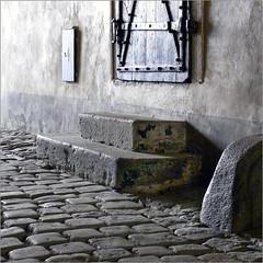 Early in the Morning (pixel_unikat) Tags: ceskykrumlov czechrepublic granite cobblestone