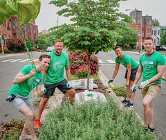 2019.05.04 Vermont Avenue Garden Blooms and Work Party, Washington, DC USA 01783