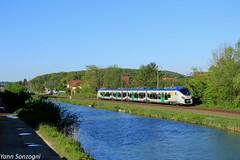 La région prend des couleurs (Lion de Belfort) Tags: train chemin de fer ligne 28 l28 colombierfontaine doubs canal rhône au rhin régiolis ter sncf z 51500 51615 z51615m 51615m bourgogne franchecomté