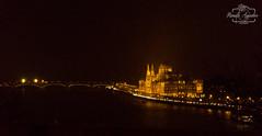 Por muy larga y oscura que sea la noche, al final, el sol siempre vuelve a brillar...   #parlamento #parliament #panorámica #panorama #noche #night #puente #bridge #ciudad #city #budapest #hungría #paisaje #landscape #shadow #reflejos #reflexes #photograp (Manuela Aguadero PHOTOGRAPHY) Tags: mifotodr sonyα6000 shadow manuelaaguaderophotography city sonyalpha sonyimages reflejos parliament reflexes sony6000 sonyalphasclub parlamento panorámica photographer inspiredbycolour paisaje puente night sonya6000 hungría panorama sonystas ciudad budapest bridge noche sonyalpha6000 landscape photography