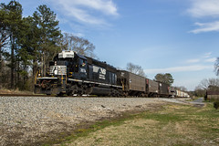 Solo 40 on the 39 (travisnewman100) Tags: norfolk southern ns train railroad freight locomotive emd sd402 manifest local g39 georgia division atlanta north district
