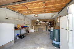 Garage (junctionimage) Tags: 789 silvertip