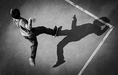 DSCF3700 (靴子) Tags: 黑白 單色 運動 光影 兒童 bw bnw sport kid xt2 fujifilm