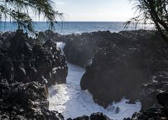 Le Gouffre de l'Étang-Salé, Reunion / Смотровая площадка Ле Гуфр, Реюньон (dmilokt) Tags: природа nature пейзаж landscape обзор overview дорога road море океан sea ocean волна wave камень rock dmilokt