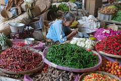 The pepper lady (cpw123) Tags: indonesia ramadan 2019 bird snacks sambal peppers wet market kacang penuts nuts food java yogyakarta klaten ssony a7r2 50mm f18 fe50