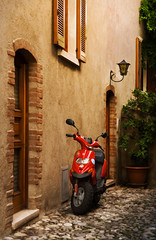 waiting | Limone | Lake Garda (Weir View) Tags: photo intimatelandscape limone lakegarda italy red scooter house cobbles