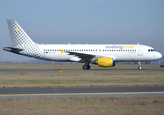 "EC-LOC, Airbus A320-214, c/n 4855, Vueling Airlines, ""Vueling on heaven´s door"", CDG/LFPG 2019-02-17, onto taxiway Delta. (alaindurandpatrick) Tags: cn4855 ecloc a320 a320200 airbus airbusa320 airbusa320200 minibus jetliners airliners vy vlg vueling vuelingairlines airlines cdg lfpg parisroissycdg airports aviationphotography"