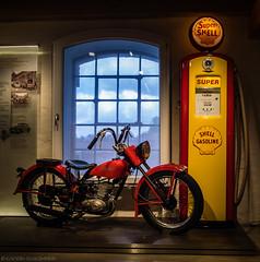 """Fill 'er up, please"" (katrin glaesmann) Tags: psspeicher einbeck transportmuseum harleydavidson motorbike classicbike shellgasoline petrolpump gasolinepump fillingpump"