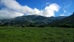 (tetuani1399) Tags: national coth5 nature white green landscape park naturaleza blanco verde paisaje parque montaña monte montana mountain senderismo trekking