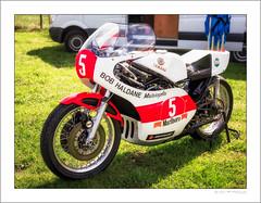 Yamaha TZ750 (G. Postlethwaite esq.) Tags: bobhaldane dof derbyshire heage tz750 unlimitedphotos yamaha bokeh classicbikes depthoffield motorbike motorcycle photoborder selectivefocus windmill 2stroke