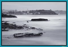 _MG_0460 BN (Asghard) Tags: gijon asturias asturies canon800d blancoynegro blackandwhite mar seda efectoseda sky sea rocas costa ciudad city
