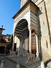 Santa Maria Maggiore Basilica, South entrance or White Lions - Bergamo 1 (litlesam1) Tags: statues italy2019 duepazziragazziamilano2019 march2019 bergamo