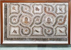 mosaico caras de personas y animales con aureola Museo Nacional del Bardo Tunez (Rafael Gomez - http://micamara.es) Tags: mosaico caras de personas y animales con aureola museo nacional del bardo tunez