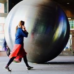 Call-Ball (Alex L'aventurier,) Tags: copenhagen copenhague denmark danemark ball art public person woman fille femme candid red rouge reflet reflection walking marcher