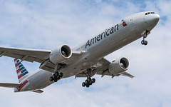 American Airlines N736AT plb22-02004 (andreas_muhl) Tags: 777300 aa americanairlines aprilmai2019 boeing777323er klax lax losangeles n736at sony aircraft airplane aviation planespotter planespotting