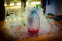 DSC_2184 (johnmoralesh) Tags: drink coctel cocktail red smoke barman
