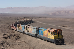 Gaviota (Reed Skyllingstad) Tags: 1414 1419 1430 antofagasta chile color copperplate desert emd emdgr12um emdnf210 electromotivediesel fcab fcab1414 fcab1419 fcab1430 ferrocarrildeantofagastaabolivia gr12um gaviota nf210 narrowgauge outdoors outside railroad railway sulfuricacid sunny tracks train