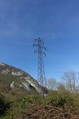 Power transmission tower @ Léaz @ Hike to Le Vuache (*_*) Tags: randonnee nature montagne mountain hiking walk marche 2019 printemps spring april jura vuache europe france ain leaz 01