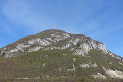 Cliff @ Le Vuache @ Hike to Le Vuache (*_*) Tags: randonnee nature montagne mountain hiking walk marche 2019 printemps spring april jura vuache europe france ain leaz 01