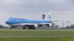 PH-BFT Boeing 747-406(M) (Disktoaster) Tags: eham ams schiphol airport flugzeug aircraft palnespotting aviation plane spotting spotter airplane pentaxk1